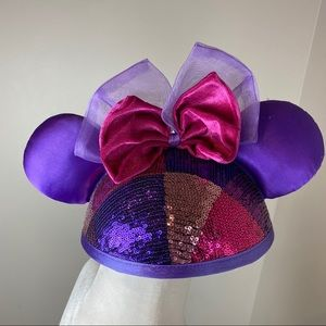 DISNEY PARKS ADULT PINK PURPLE SEQUIN EARS HAT